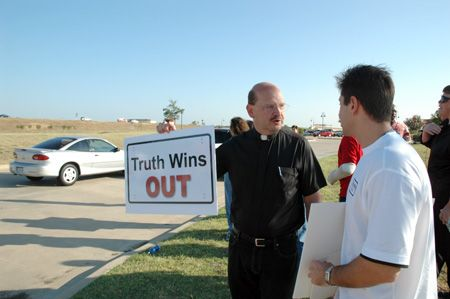 TWO_dallas_9 Photos - Truth Wins Out Protest At Dallas Exgay Conference